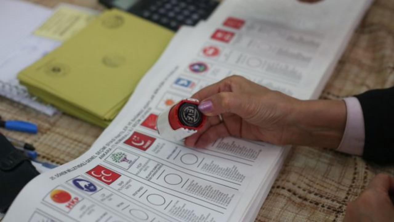 Ankara anketi: CHP birinci parti, İYİ Parti yüzde 20 bandında