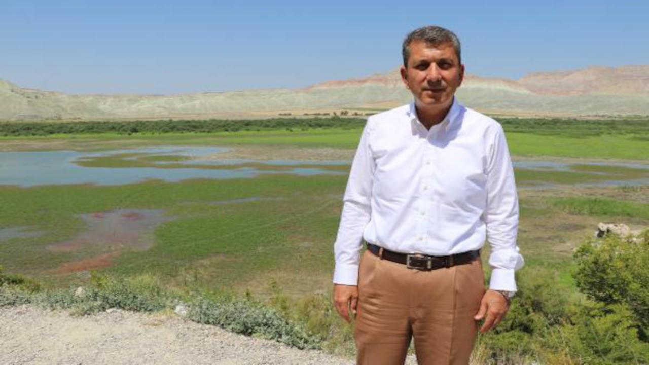 AK Partili İsmail Öntaş: Kuş cennetindeki yangını kuş çıkarmış