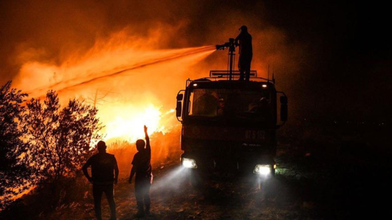 CHP'li belediyeler yangınlara 213 araç, 669 personelle müdahale etti