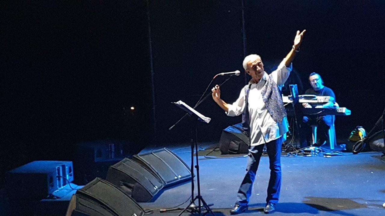 Edip Akbayram Kuzey Fest'te dinleyicilerle buluştu