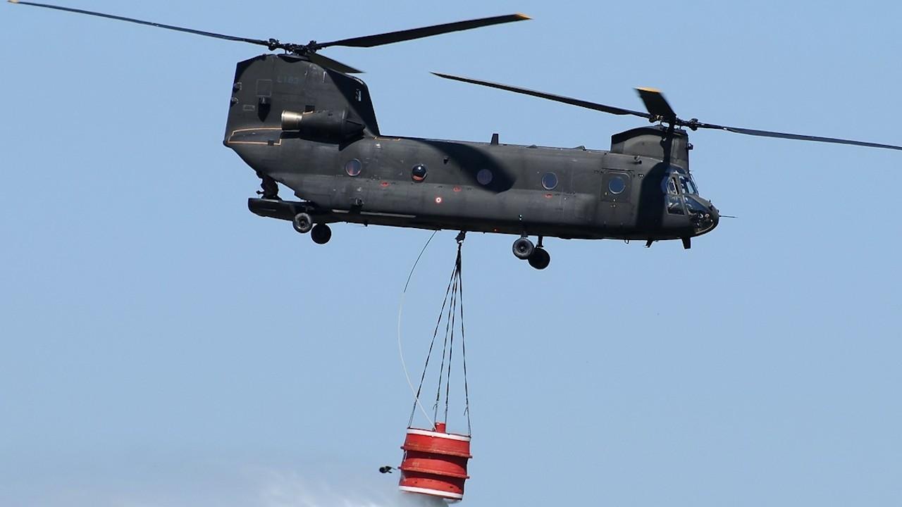 ABD yangınlar için Türkiye'ye iki Chinook tipi helikopter gönderiyor