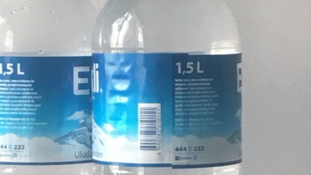 'Su şişesinin üzerinde Bülent Serttaş'ı görüyorum...'