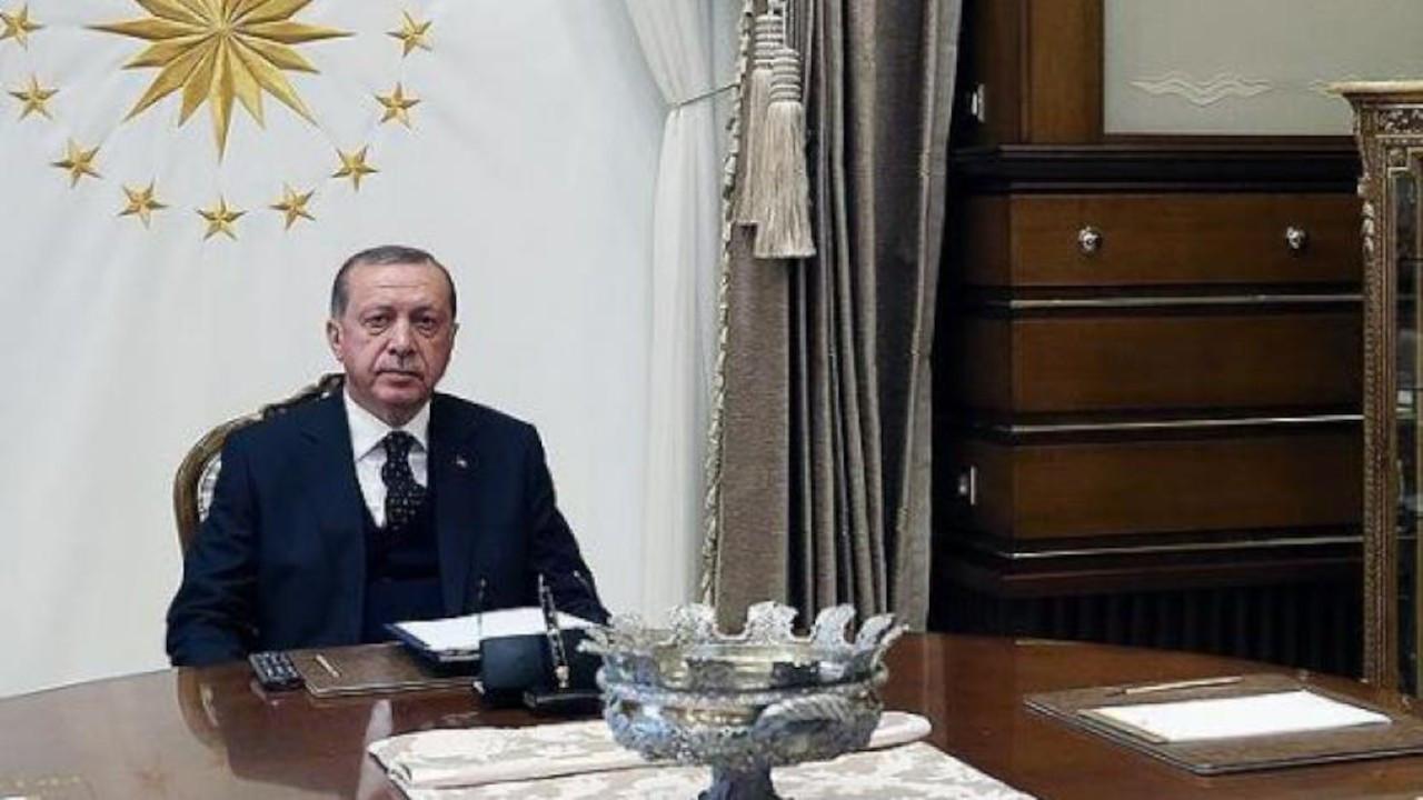 Anket: Erdoğan'ın desteği AK Parti'de azaldı, muhalefette arttı