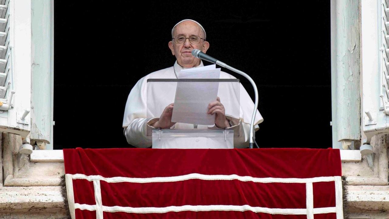Papa Francis'e içinde üç kurşun olan zarf gönderildi