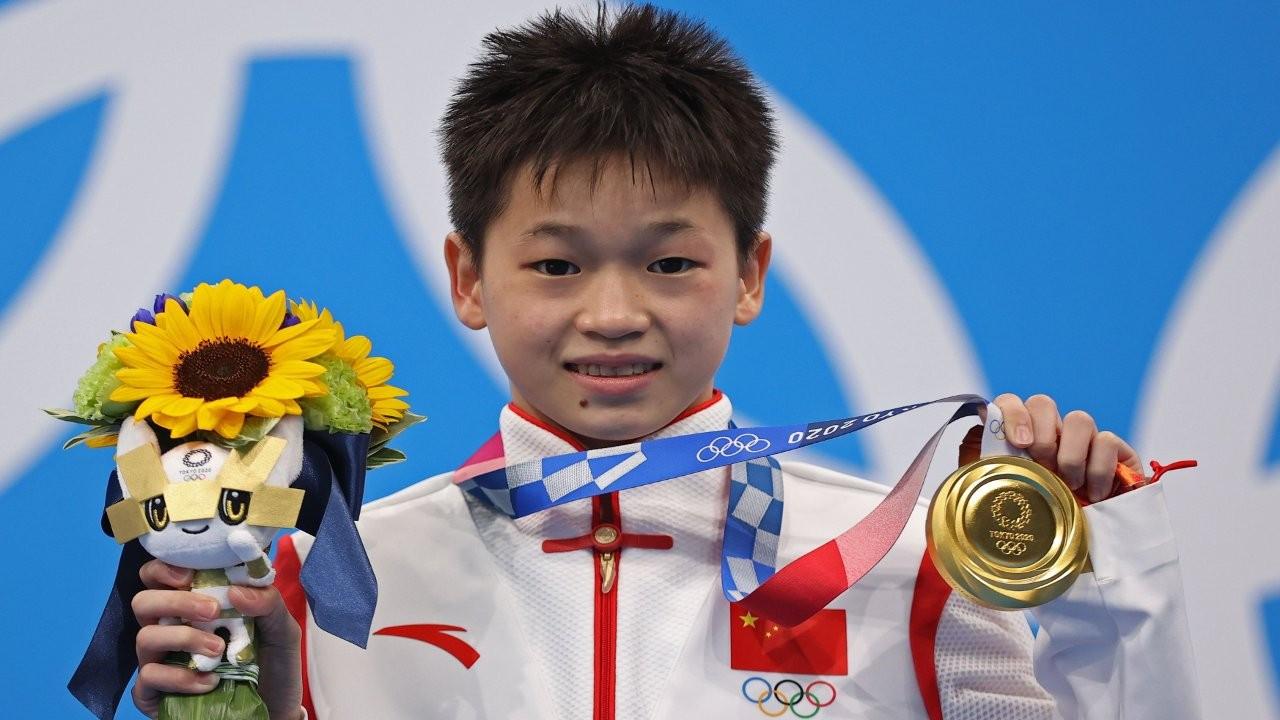 14 yaşında altın madalya kazanan Çinli sporcunun köyüne turist akını