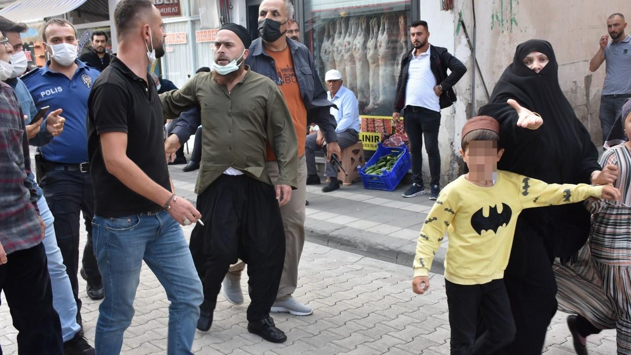 Akşener'e Sivas'ta sözlü saldırı: FETÖ'cüsün diye bağırdı