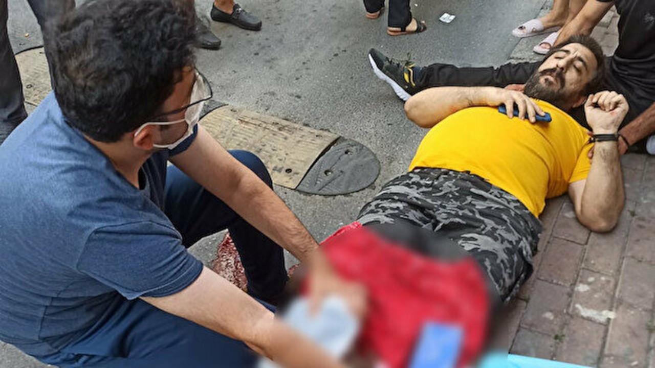 Emre Erciş'e saldırı: Ayaklarından yaralandı