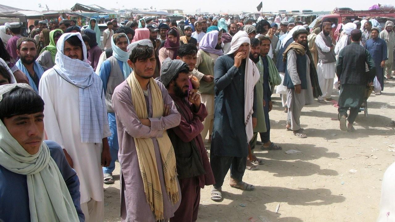 Arnavutluk ABD'ye gidecek Afganlar için transit ülke olmayı kabul etti