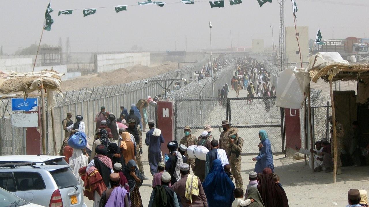 İran, Afganistan sınırında sığınmacılar için kamplar kurdu