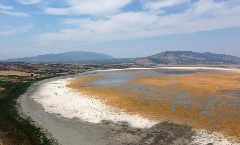 Manisa'daki Marmara Gölü kuraklığın pençesinde - Sayfa 3