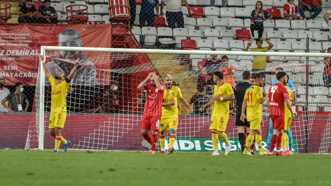 Antalyaspor ile Göztepe 1-1 berabere kaldı
