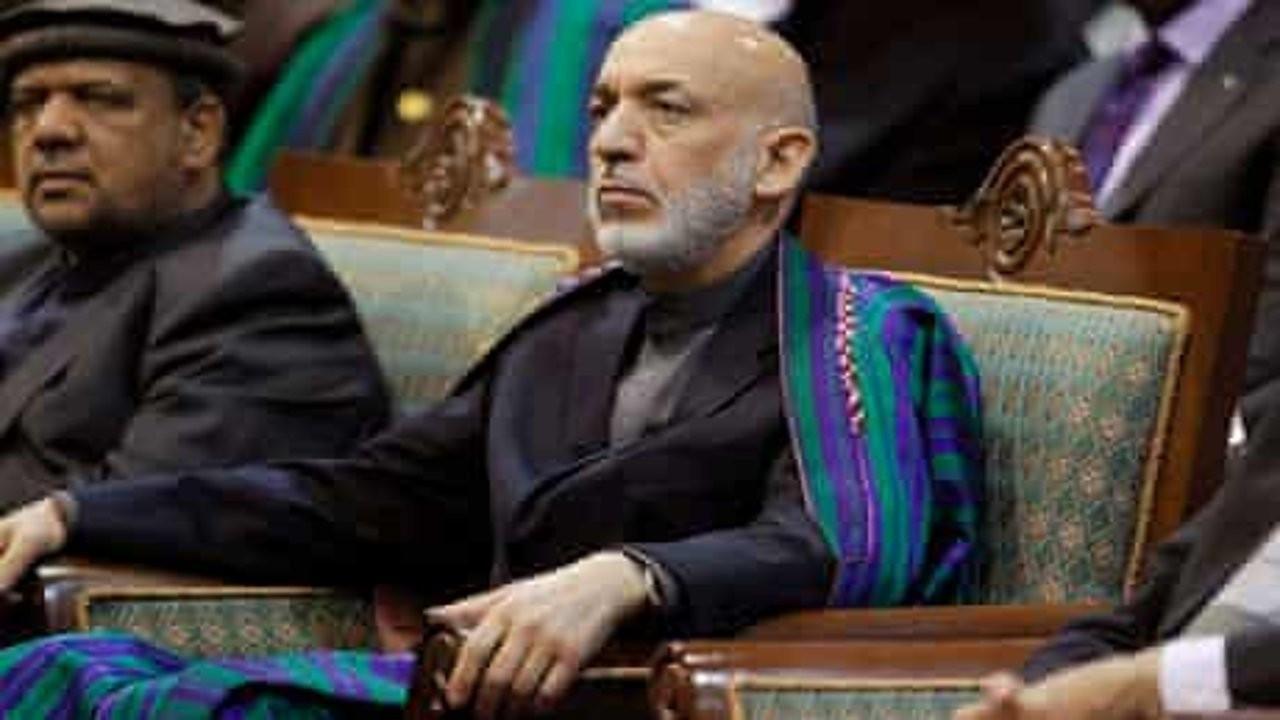 Eşref Gani kaçtı, Taliban'a barışçıl iktidar devri için Hamid Karzai ve Gülbeddin Hikmetyar devreye girdi