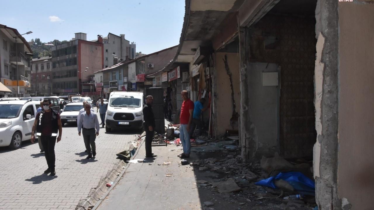 Bitlis'te yıkıma karşı çıkan esnafın kapıları söküldü
