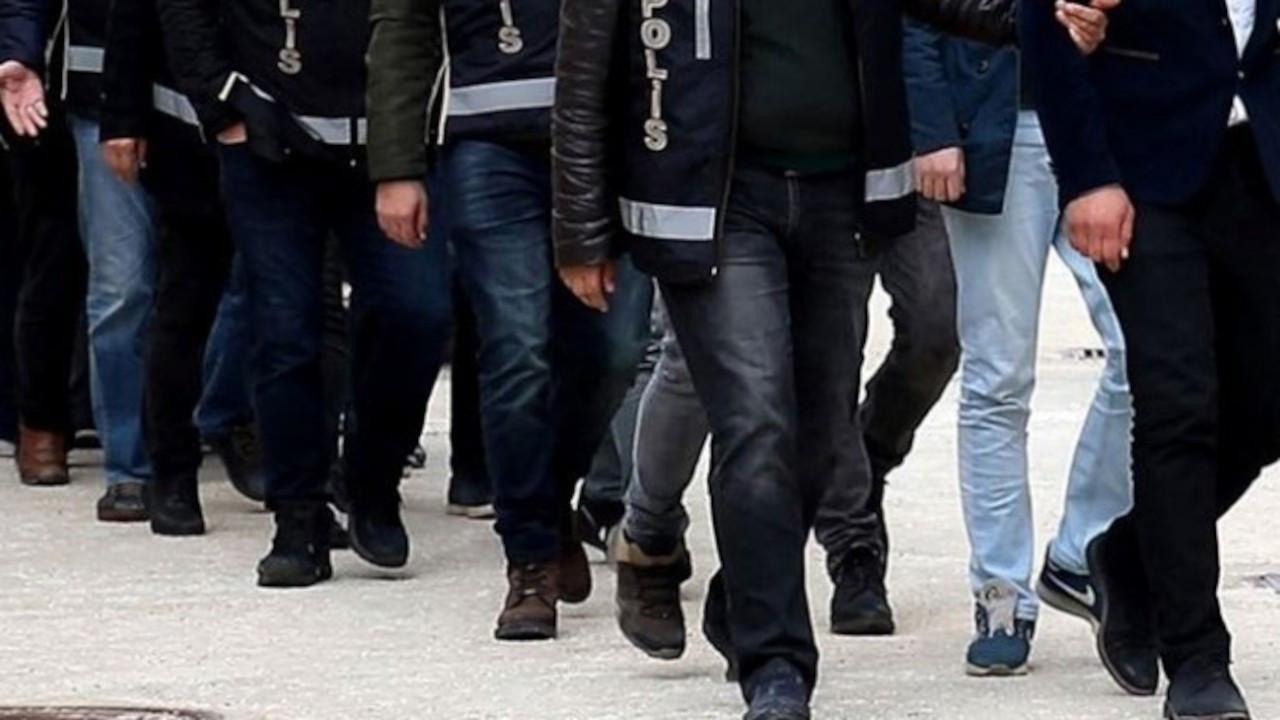 İzmir'de 1 kilo 935 gram sentetik uyuşturucu yakalandı