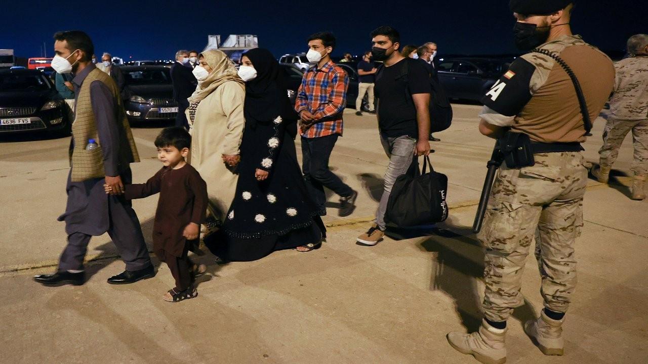 Hollanda, Afgan elçilik personeline haber vermeden binayı boşaltmış