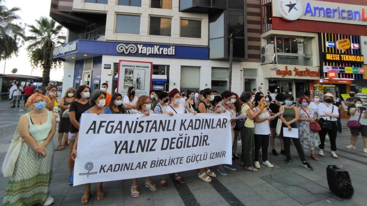 İzmir'den Afganistanlı kadınlara destek: Birlikte güçlüyüz