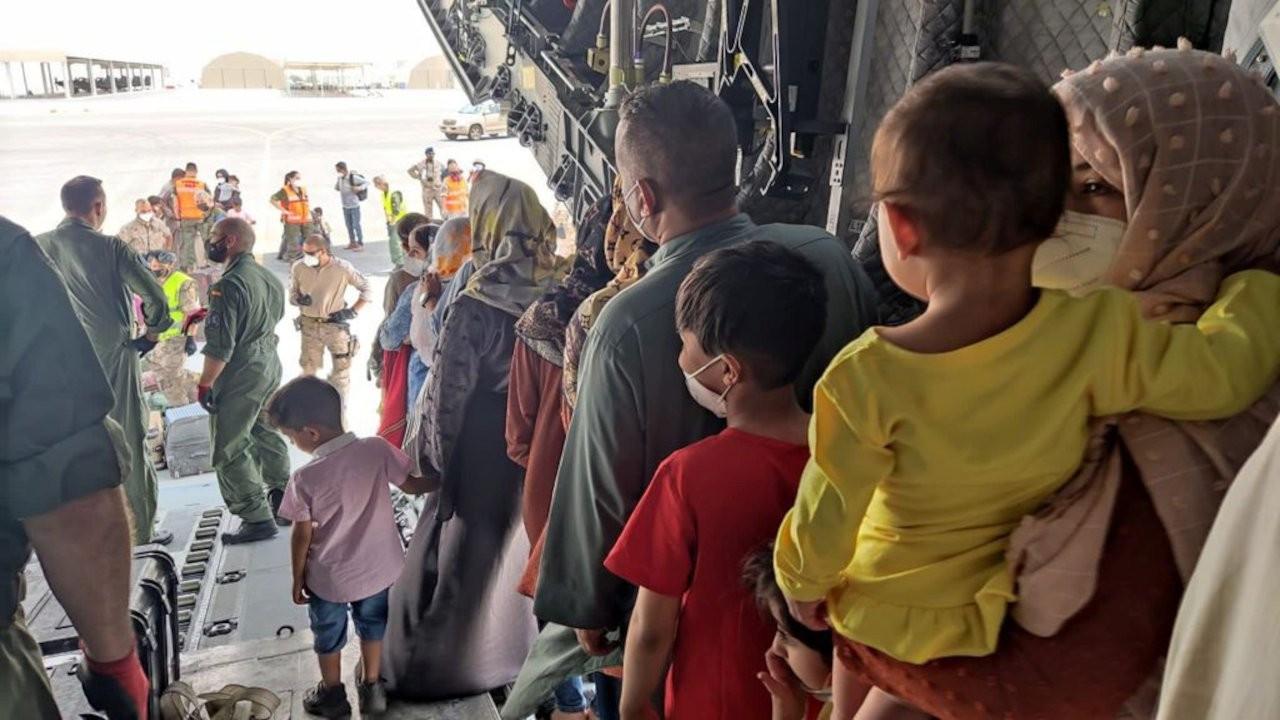 NATO yetkilisi: En az 18 bin kişi Afganistan'dan tahliye edildi