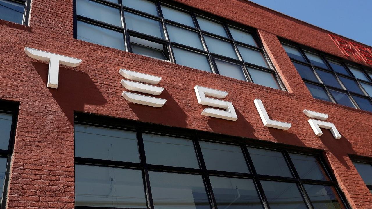 Tesla insansı robot geliştiriyor: İnsanların kaçabileceği hızda olacak