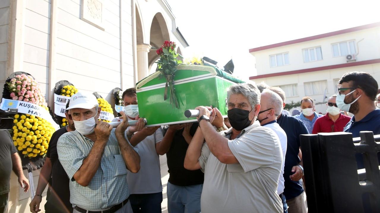 Oyuncu Metin Çekmez'in cenazesi toprağa verildi