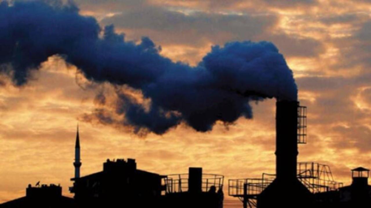 Havayı kirleten 12 işletmeye 1.5 milyon TL ceza