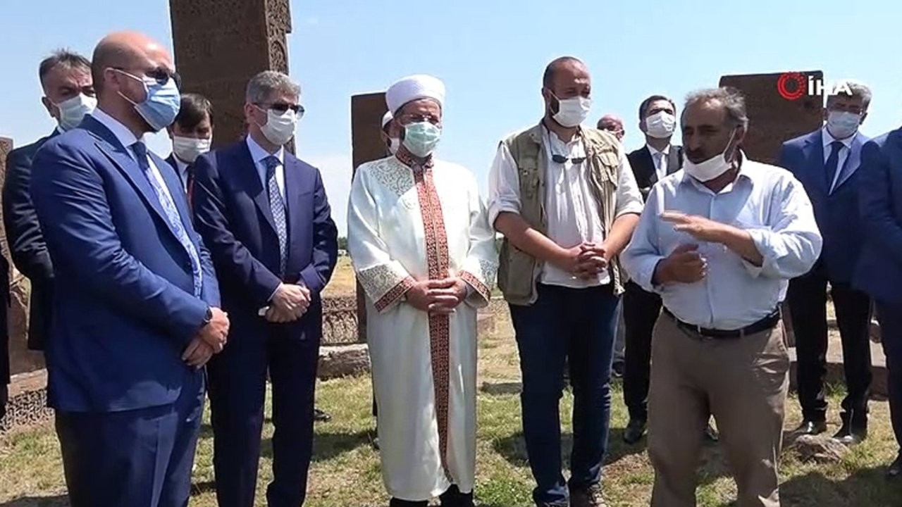 HDP'li Hüda Kaya: Bilal Erdoğan define alanından helikopterlerle neler taşıyor?