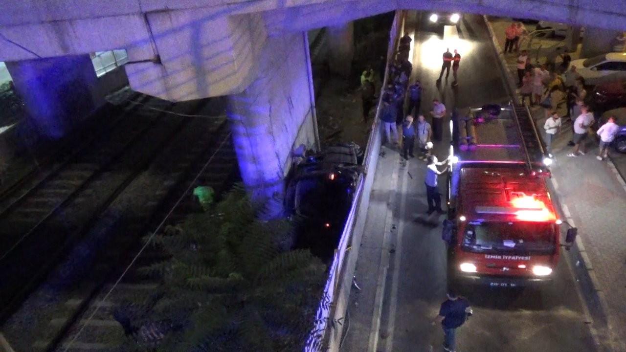 Ticari araç viyadükten düştü: 1 ölü, 5 yaralı
