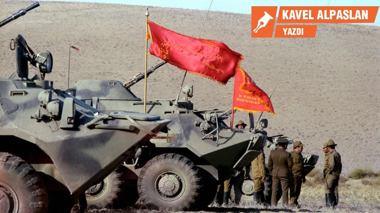 Sovyetler, Afganistan'da ne yaptı?