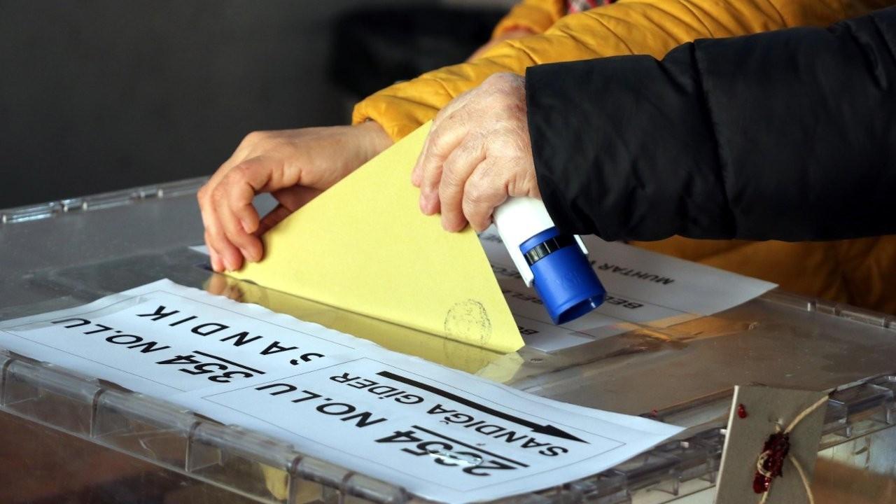 Son anket ORC'den: AK Parti eriyor, MHP sınırda