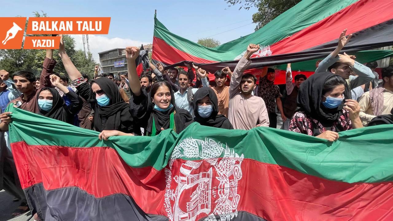 Karatahtada silinip silinip yazılan tarih: Afganistan