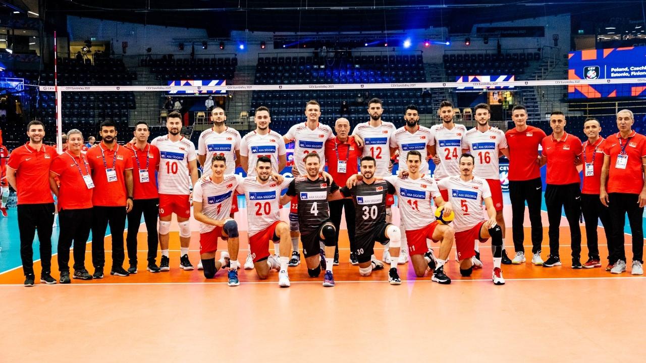 Türkiye A Milli Erkek Voleybol Takımı, Avrupa Şampiyonası'na galibiyetle başladı