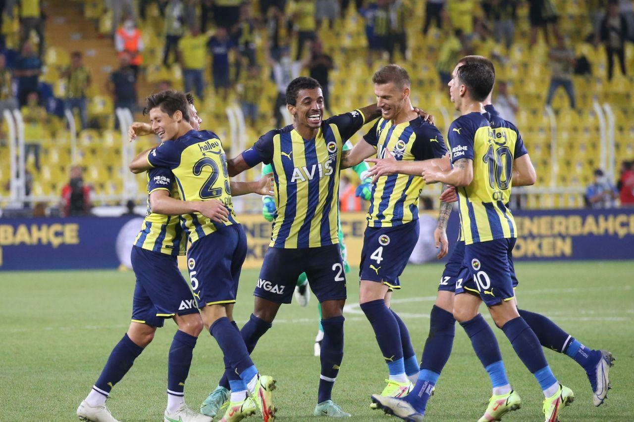 Galatasaray, Beşiktaş ve Fenerbahçe'nin Avrupa kadroları belli oldu - Sayfa 4