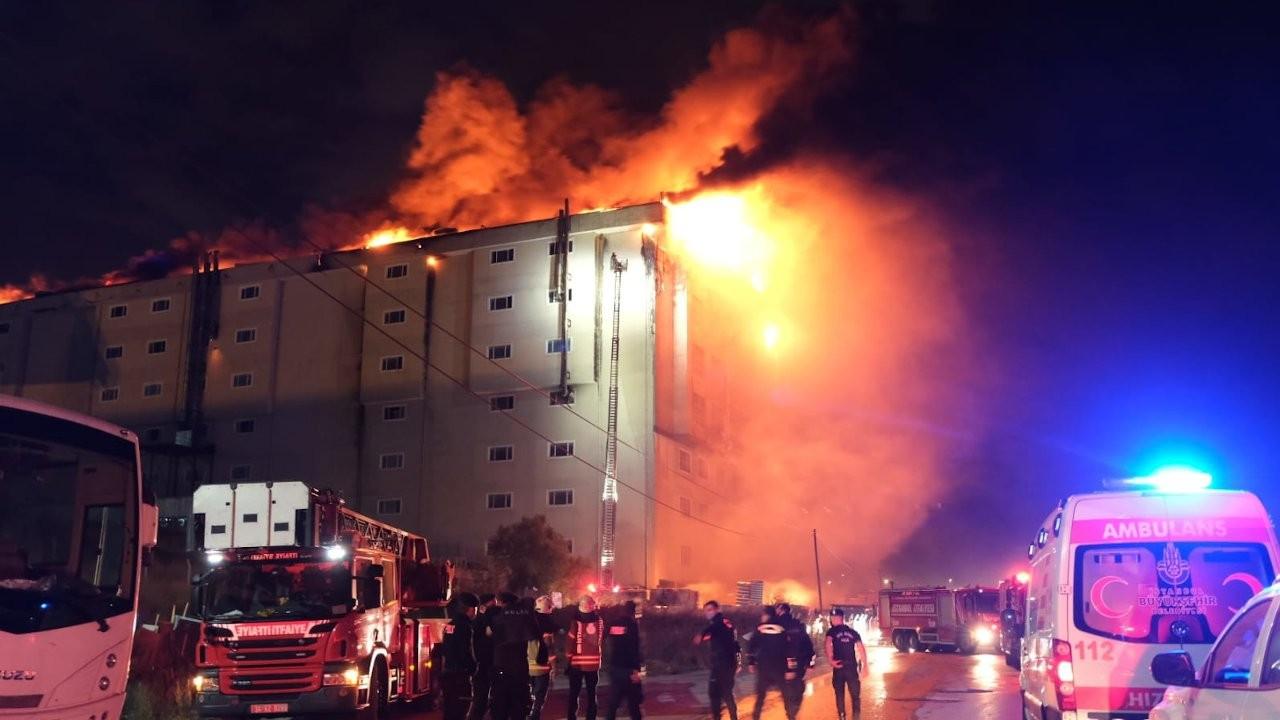 Tekstil atölyelerinin olduğu binada yangın