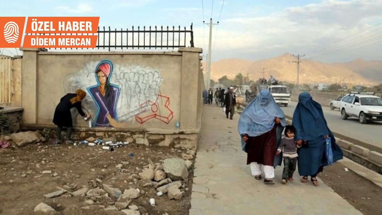 'Afganistan'da kadınlar belirsiz bir gelecekle karşı karşıya'