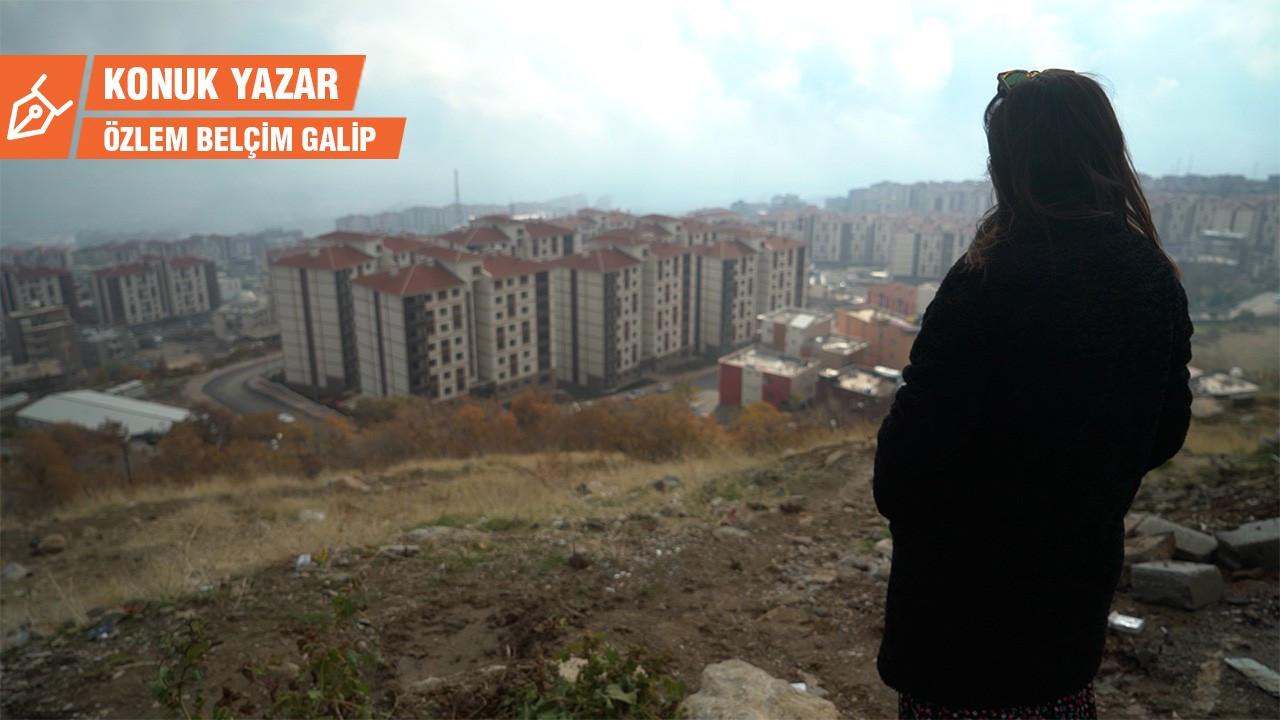 Çok katlı binadan gözü yaşlı bir veda:Türkiye'nin güneydoğusunda mülksüzleştirme ve zorla yerleştirme