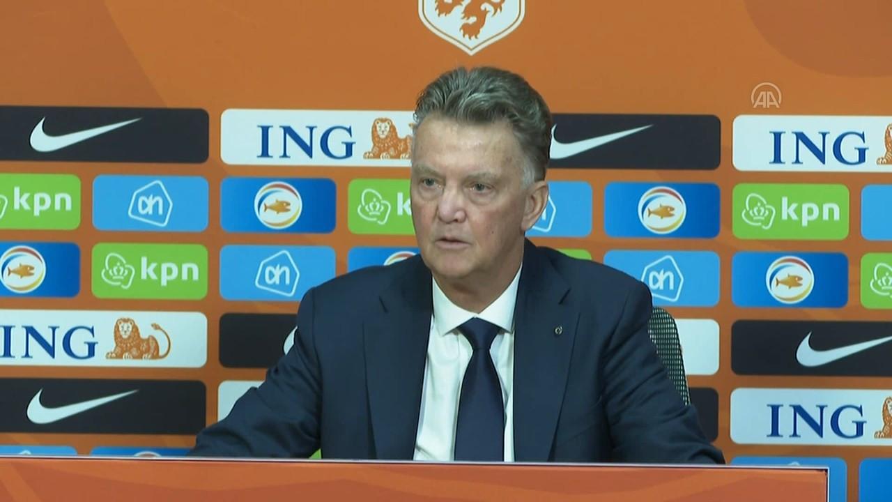 Louis van Gaal: Daha fazla gol atabilirdik