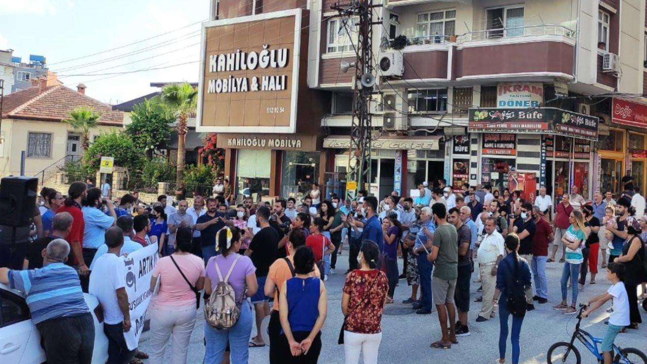Samandağlılar su kesintileri nedeniyle eylem yaptı