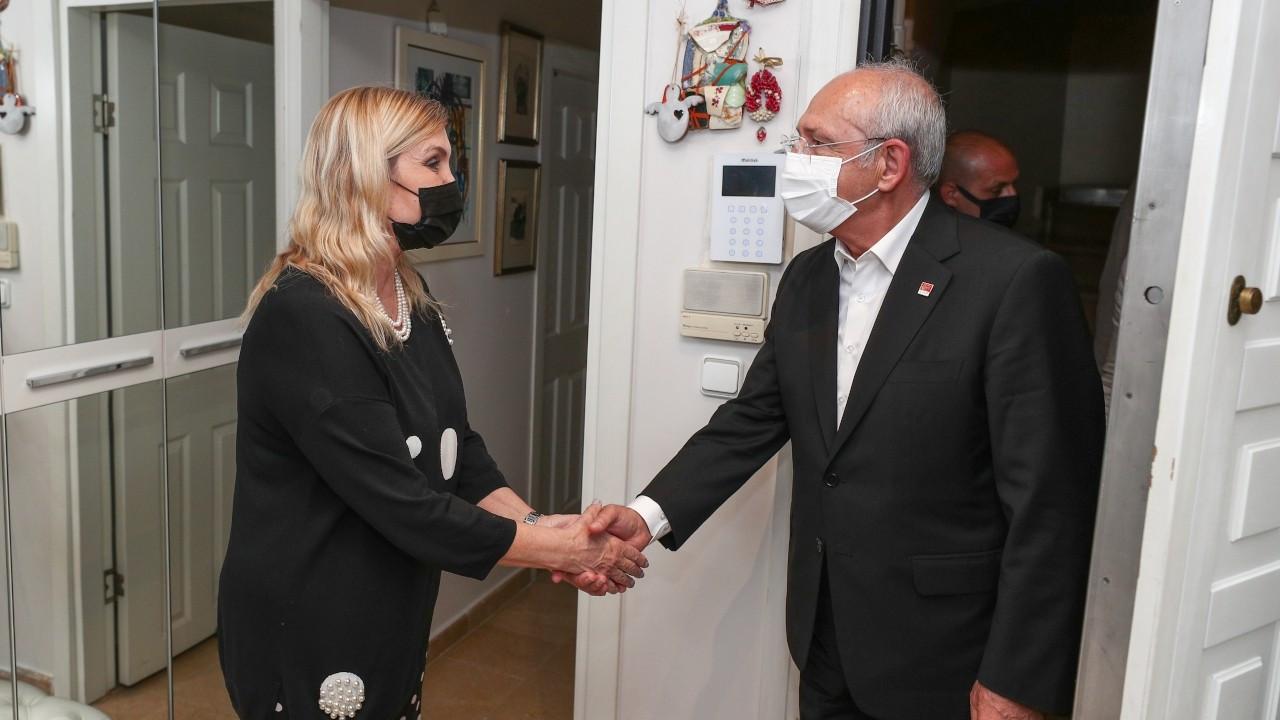 Kılıçdaroğlu'ndan Şensoy'un ailesine taziye ziyareti