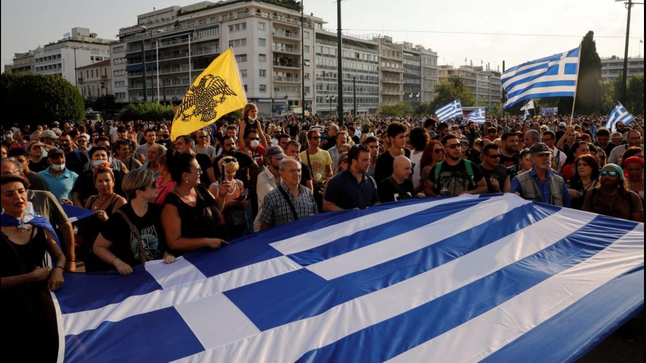 Yunanistan'da savcılık aşı karşıtlarına karşı harekete geçti