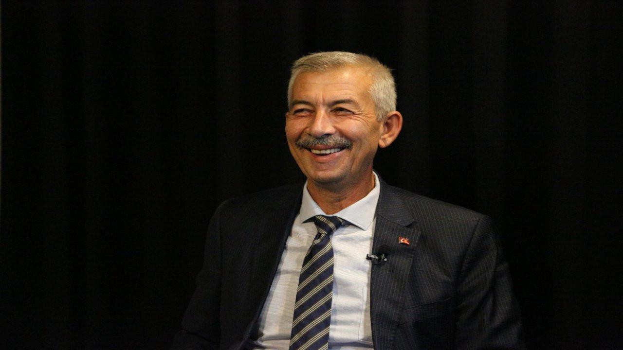 CHP'li Cömertoğlu: AK Parti milletvekili ağabeyimi görevden aldırdı