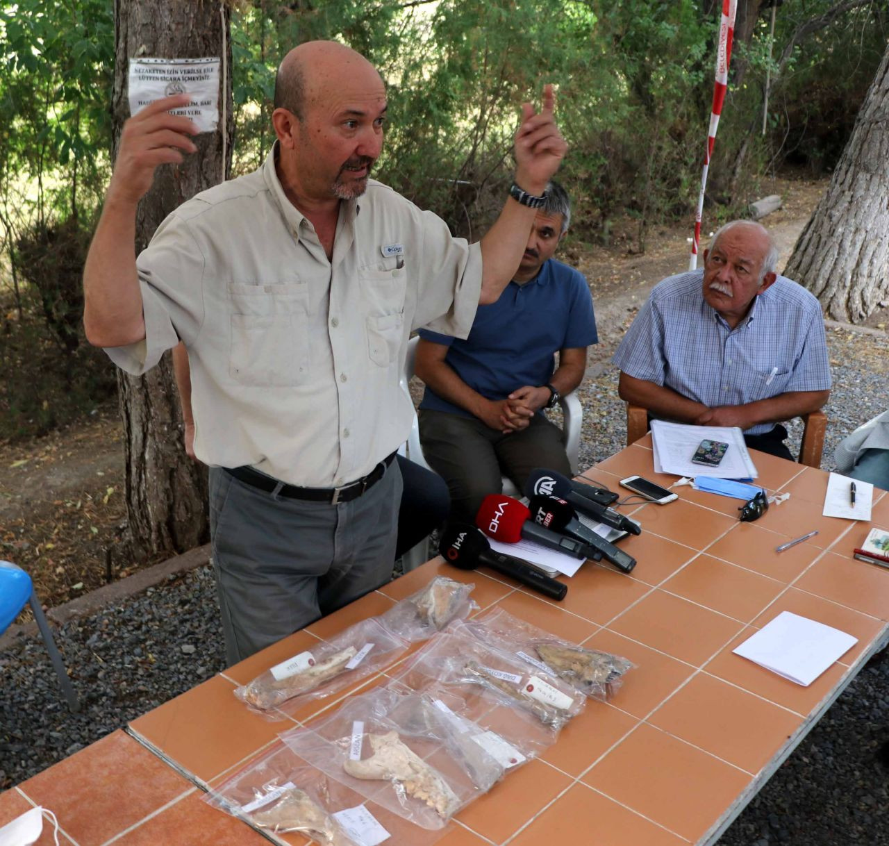 Kayseri'de 4 bin yıl öncesine ait aslan kemiği bulundu - Sayfa 1