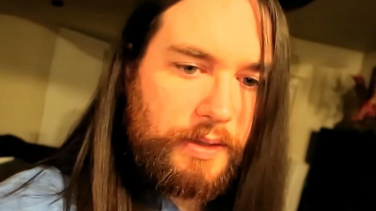 Aşı yaptırmayan ünlü YouTuber koronadan öldü