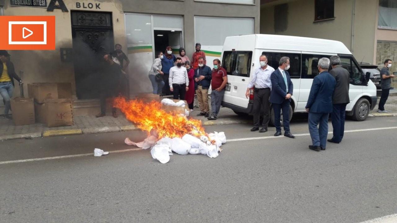 Trabzon'da belediye başkanından 'Kürdistan siparişi' baskını: Şapkalar yakıldı