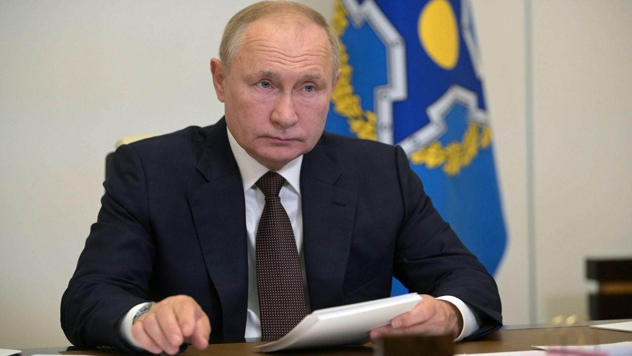 Putin: Çevremde onlarca kişide korona virüsü görüldü