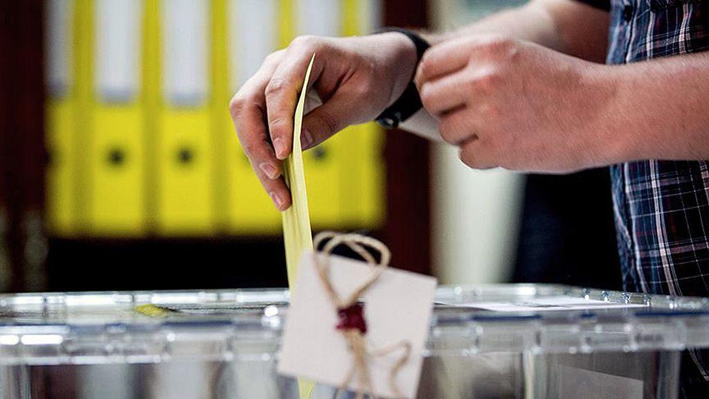 'Kararsızlar' anketi: AK Parti'de büyük kayıp - Sayfa 3