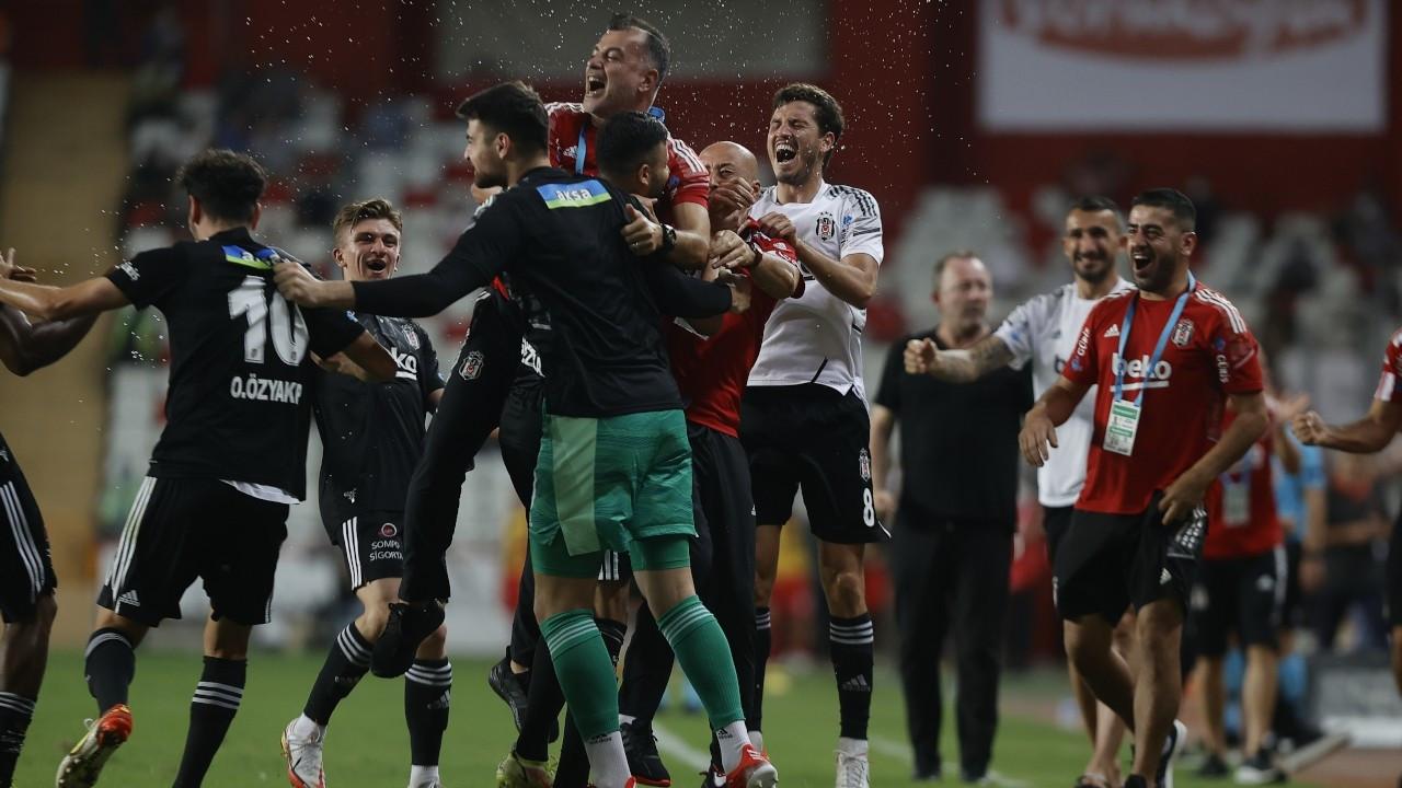 Beşiktaş ikinci yarıda kazandı