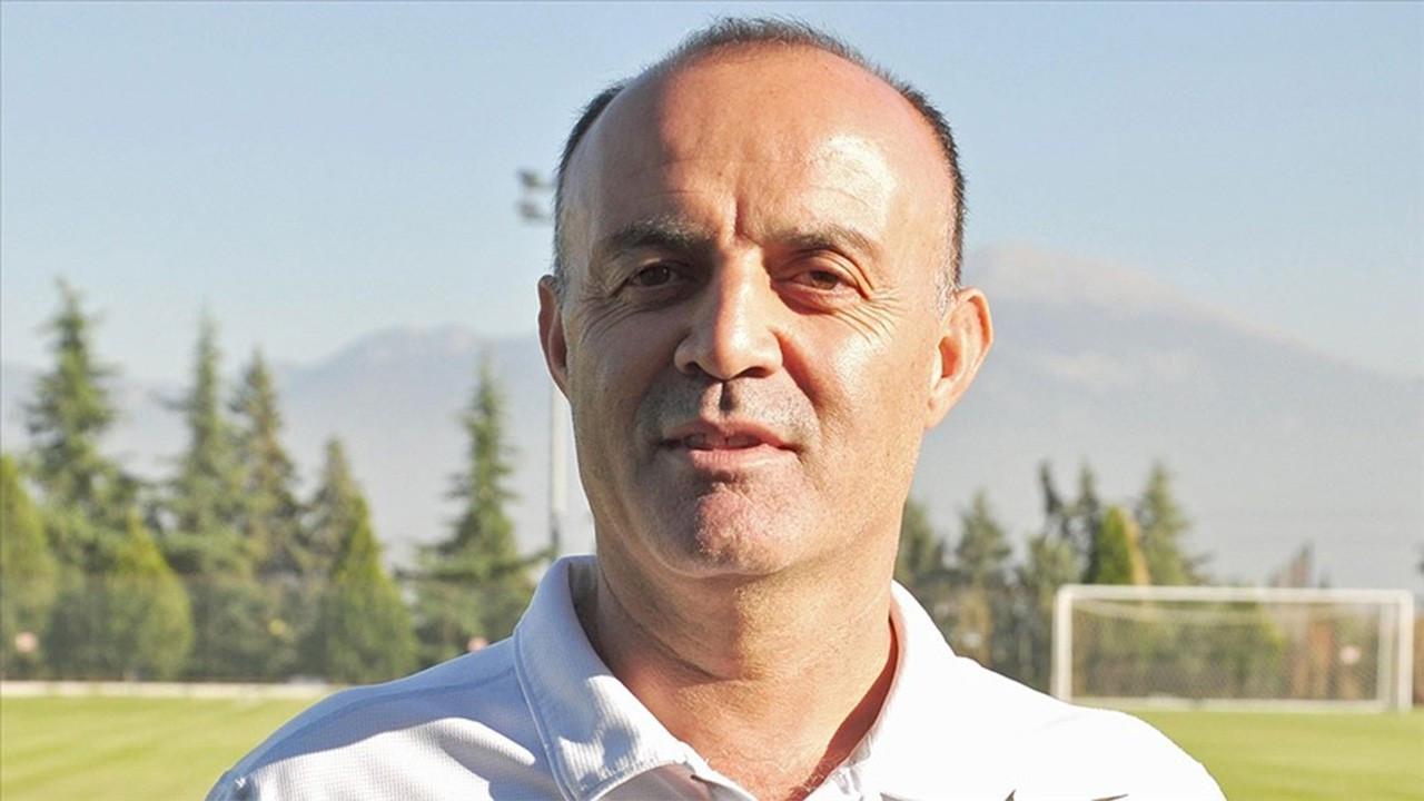 Bursaspor'da sezonun üçüncü teknik direktörü Özcan Bizati
