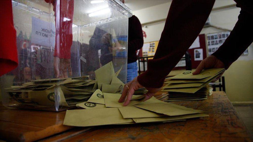 Son anket sonucu: 4 parti baraj üstünde, AK Parti yüzde 30'un altında - Sayfa 1
