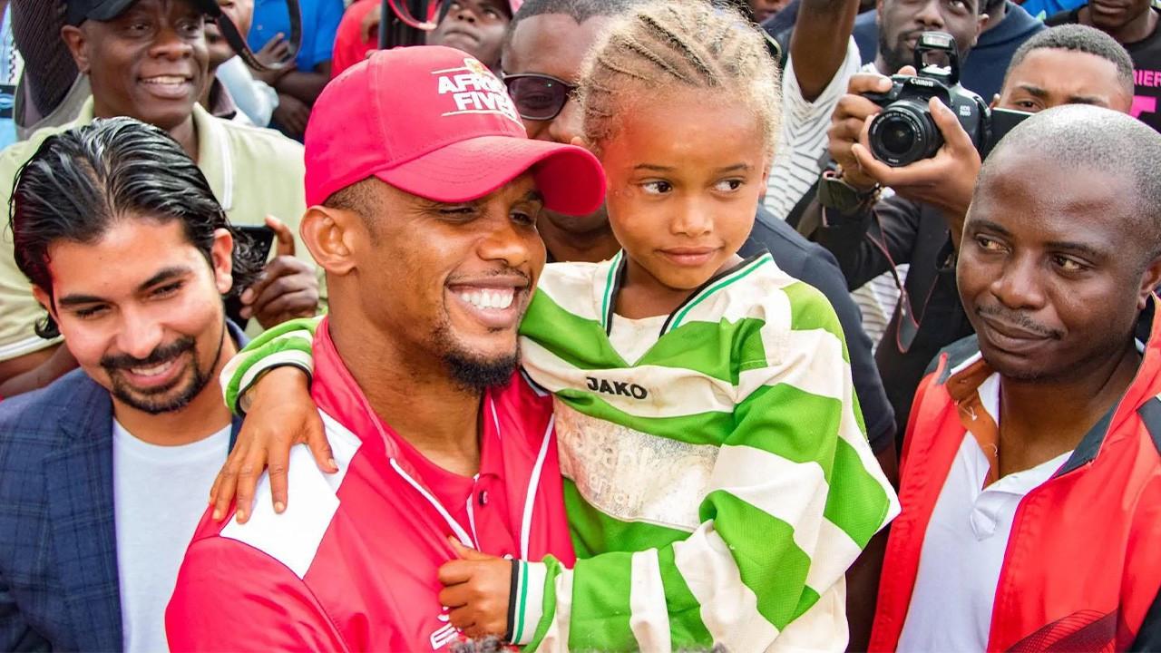 Samuel Eto'o ülkesinin futbol federasyon başkanlığına aday oldu