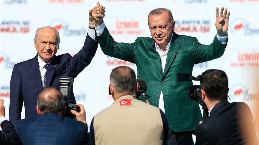 Bahçeli'nin 'resti': AK Parti'ye Kürt desteği yüzde 16'ya kadar düştü - Sayfa 1
