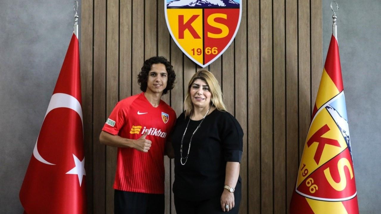 Emre Demir Barcelona'ya transfer oldu